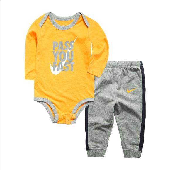 c1886c18d Nike Matching Sets   Baby Boy Pass You Fast Bodysuit Pants Set ...